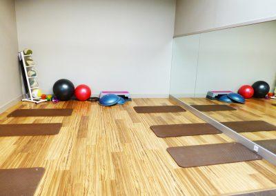 Salle d'abdos et stretching